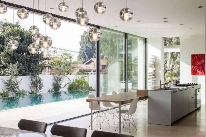 005-mediterranean-villa-pazgersh-architecture-design-1050x700