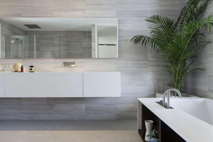 010-mediterranean-villa-pazgersh-architecture-design-1050x700