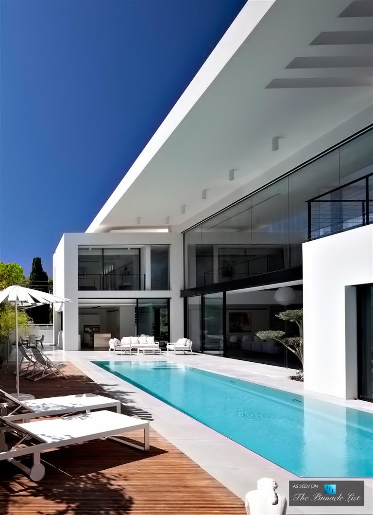 03-Contemporary-Bauhaus-Luxury-Residence-Carmel-Haifa-Israel