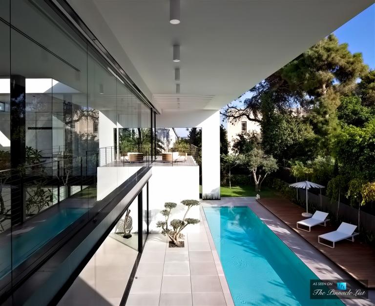 06-Contemporary-Bauhaus-Luxury-Residence-Carmel-Haifa-Israel