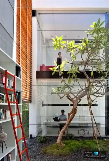13-Contemporary-Bauhaus-Luxury-Residence-Carmel-Haifa-Israel-359x529