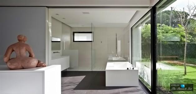 16-Contemporary-Bauhaus-Luxury-Residence-Carmel-Haifa-Israel-629x302