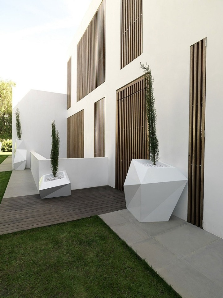 003-rocafort-house-ramon-esteve-studio