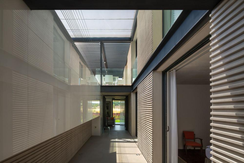 H3 villa-contemporaine-st-tropez-Vicent-Coste-09