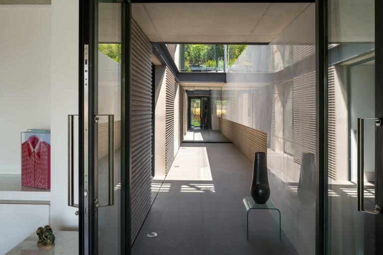 villa-contemporaine-st-tropez+(5+sur+35)