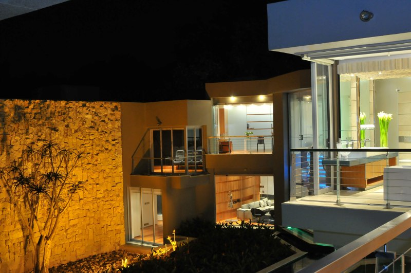 Nico-van-der-Meulen-glass-house-26