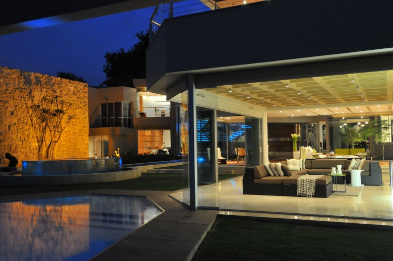Nico-van-der-Meulen-glass-house-30