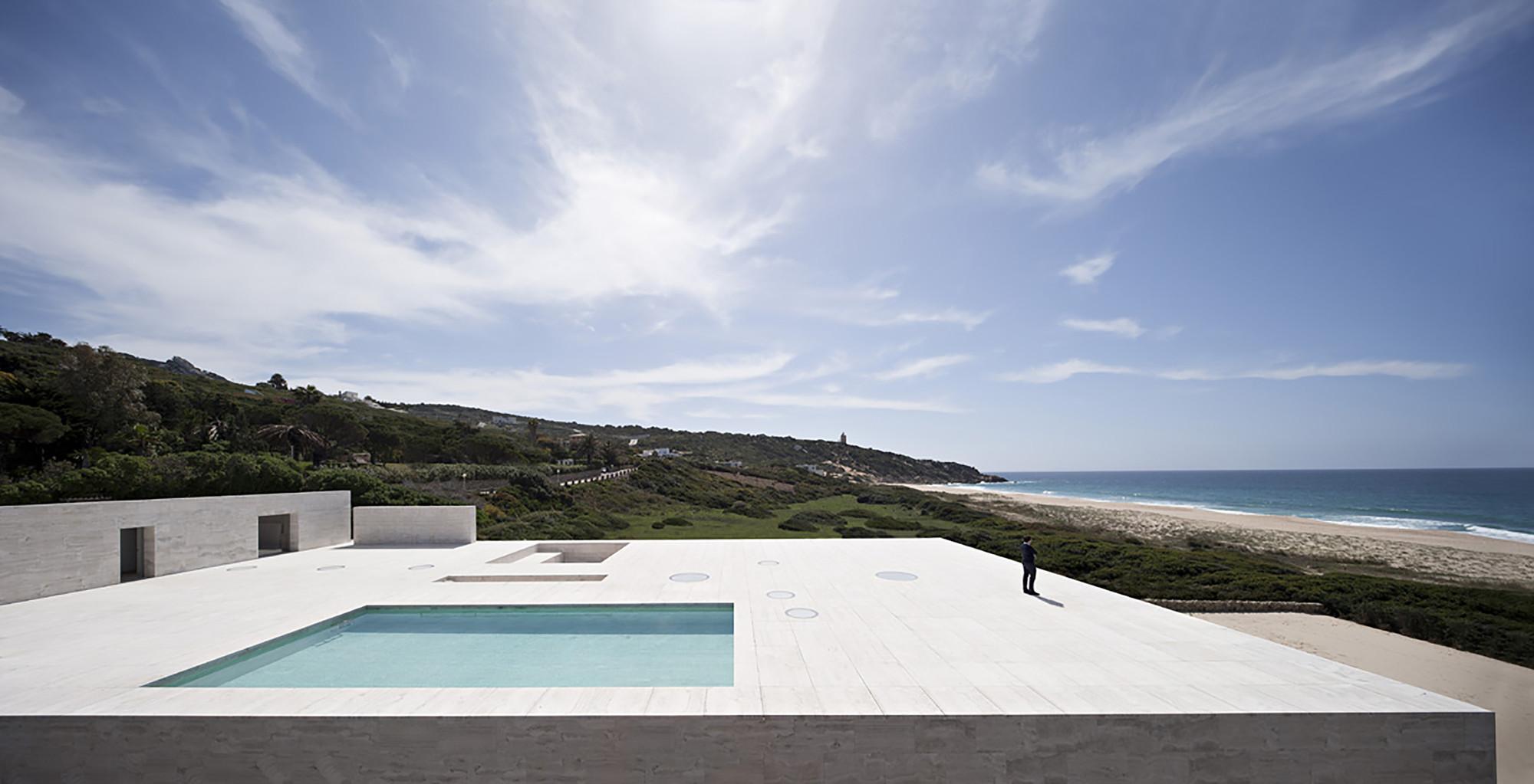 house of the infinite alberto campo baeza casalibrary. Black Bedroom Furniture Sets. Home Design Ideas