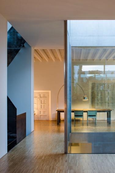 rehabilitacion-de-una-vivienda-en-el-casco-historico-de-sevilla-8232-21-1