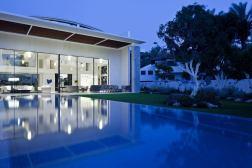 The-House-of-The-Hovering-Cube-Yulie-Wollman-09