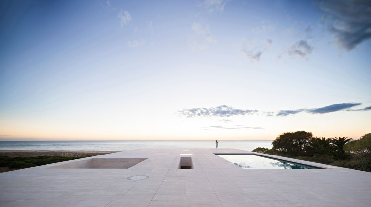the-house-of-the-infinite-by-alberto-campo-baeza-008
