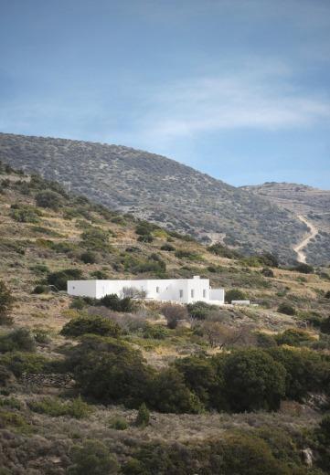 Maison Kamari by React Architects 16