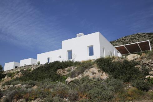 Maison Kamari by React Architects 17