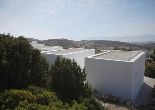 Maison Kamari by React Architects 21