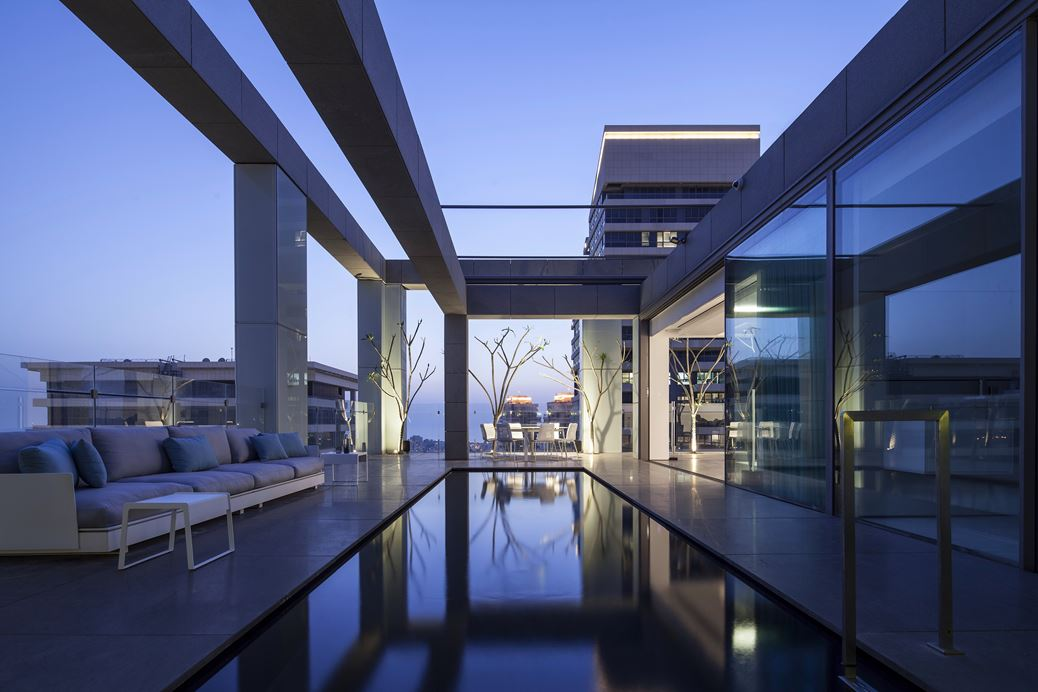 Square Compositions Penthouse by Pitsou KedemArchitects