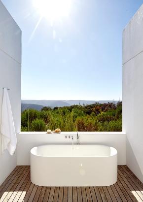 casa_blanca_en_sudafrica_253638094_848x1200