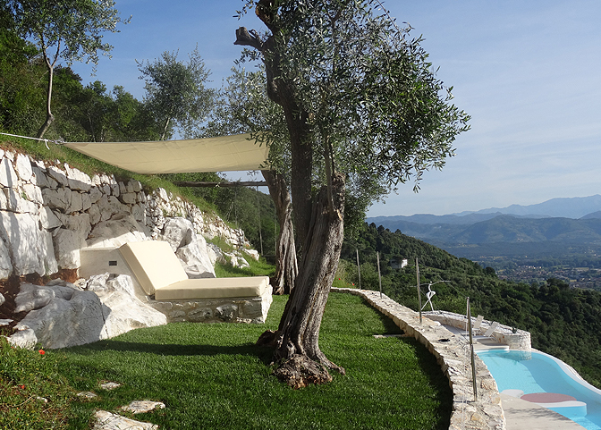modern_vacation_rentals_lucca_italy_002