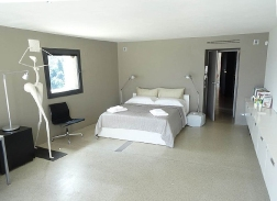 modern_vacation_rentals_lucca_italy_009