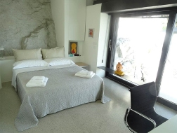modern_vacation_rentals_lucca_italy_010-1