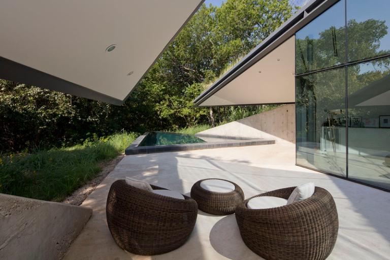 Edgeland House by Bercy Chen Studio 04
