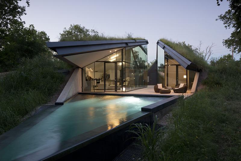 Edgeland House by Bercy ChenStudio