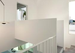summer-house-in-santorini_kapsimalis-architects_dezeen_1568_10-936x669