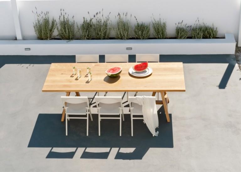 summer-house-in-santorini_kapsimalis-architects_dezeen_1568_17-936x669