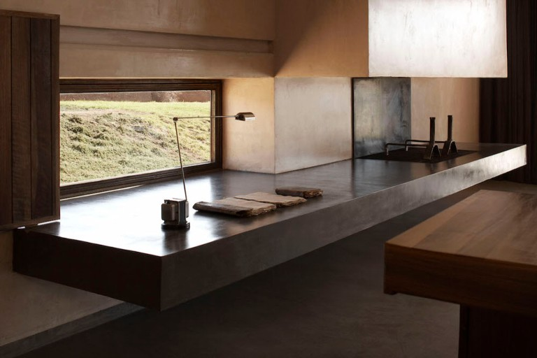 ultra-minimalist-kitchen-surface-and-sink-in-villa-k