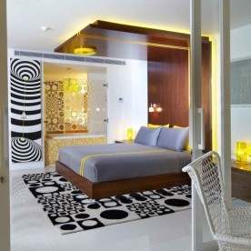 5-yellow-studio-suite-balcony-to-room-e1455178919506