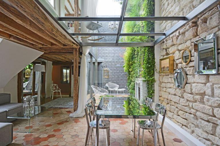 apartment place de la madeleine paris by atelier michael herrman casalibrary. Black Bedroom Furniture Sets. Home Design Ideas