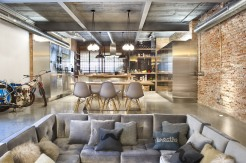 commercial-space-turned-into-a-loft-in-terrassa-003