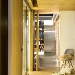 commercial-space-turned-into-a-loft-in-terrassa-012