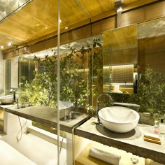 commercial-space-turned-into-a-loft-in-terrassa-013