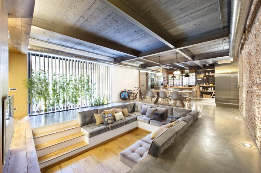 commercial-space-turned-into-a-loft-in-terrassa-019