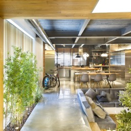 commercial-space-turned-into-a-loft-in-terrassa-020