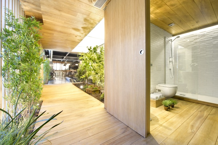 commercial-space-turned-into-a-loft-in-terrassa-032