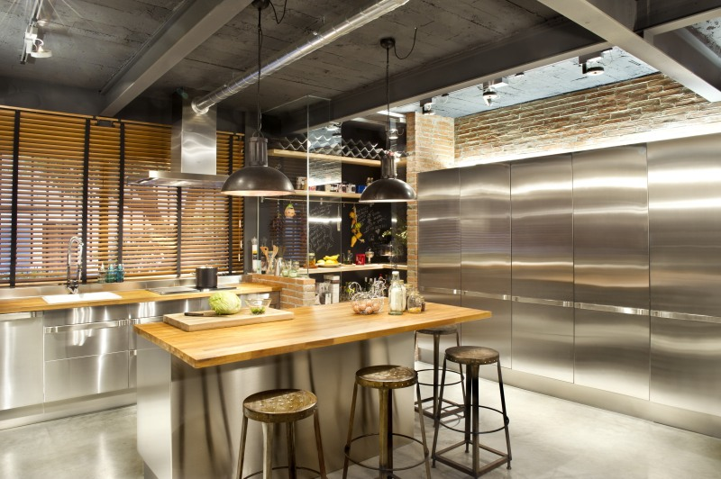 commercial-space-turned-into-a-loft-in-terrassa-034