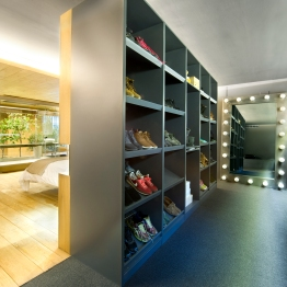 commercial-space-turned-into-a-loft-in-terrassa-036