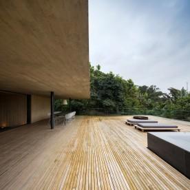 jungle-house-by-marcio-kogan-studio-mk27-and-samanta-cafardo-026