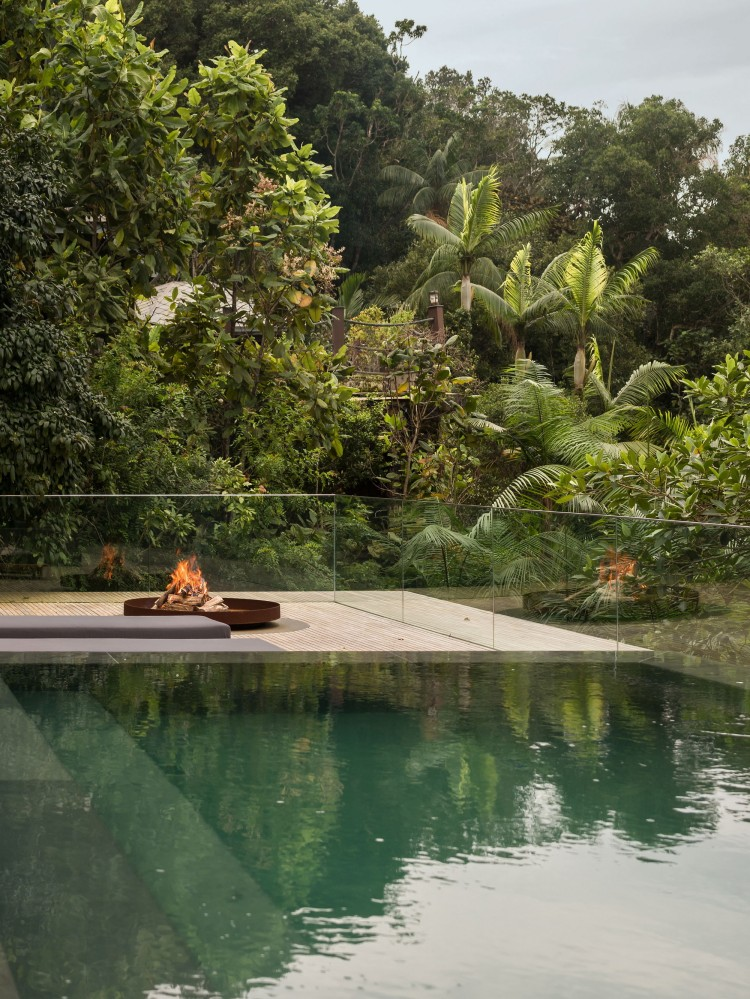 jungle-house-by-marcio-kogan-studio-mk27-and-samanta-cafardo-027