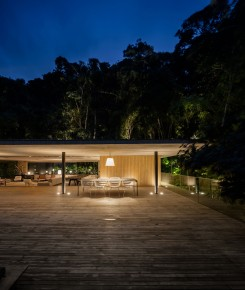 jungle-house-by-marcio-kogan-studio-mk27-and-samanta-cafardo-033