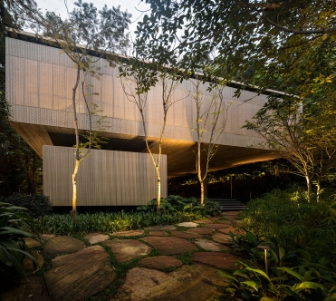 jungle-house-by-marcio-kogan-studio-mk27-and-samanta-cafardo-052