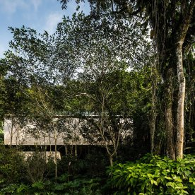 jungle-house-by-marcio-kogan-studio-mk27-and-samanta-cafardo-067