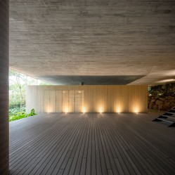 jungle-house-by-marcio-kogan-studio-mk27-and-samanta-cafardo