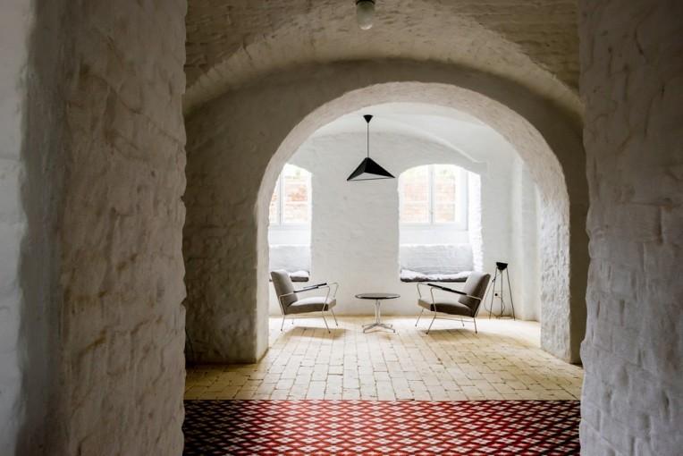 loft-kolasinski-marcin-wyszecki-summer-apartment-near-berlin-23