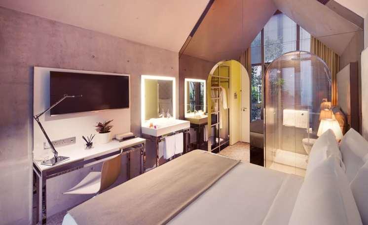 msocial-singapore-standard-room-02-1