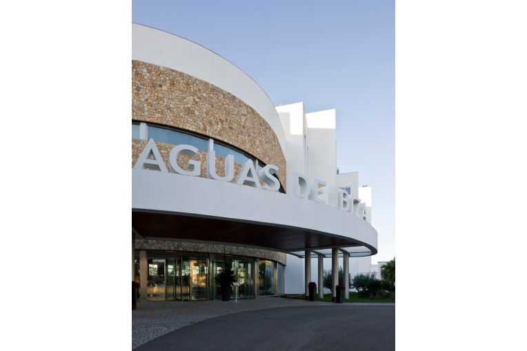 arquitectos-architects-ibiza-rios-casariego-aquas-de-ibiza02