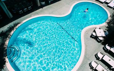 g-pool-swim