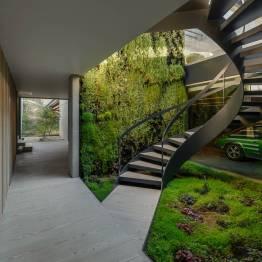the-wall-house-by-guedes-cruz-arquitectos-image-ricardo-oliveira-alves-004