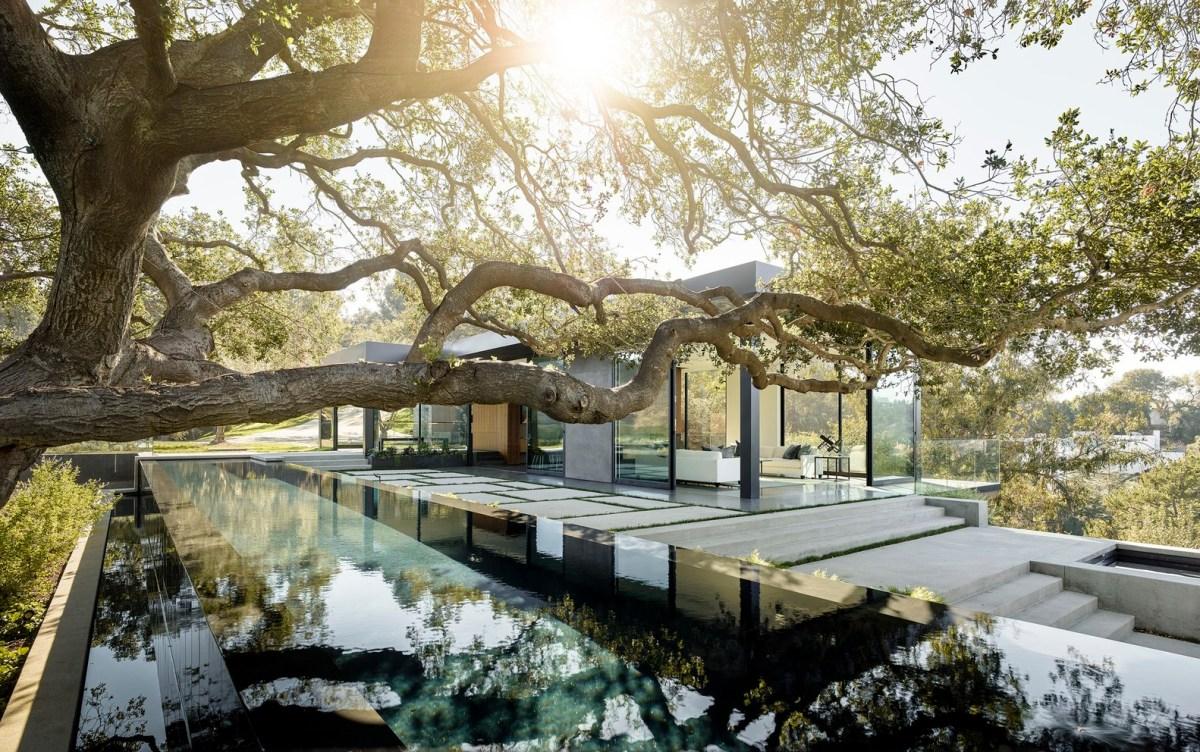 Oak Pass Main House by WalkerWorkshop
